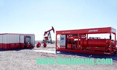 杰瑞电驱压裂设备在新疆现场作业